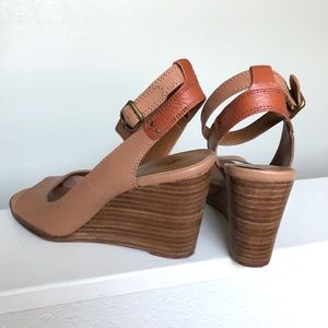 Lucky Brand wedge heels ankle strap 2 tone 7.5